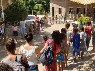 Veja como andam as coisas na Escola Maramar